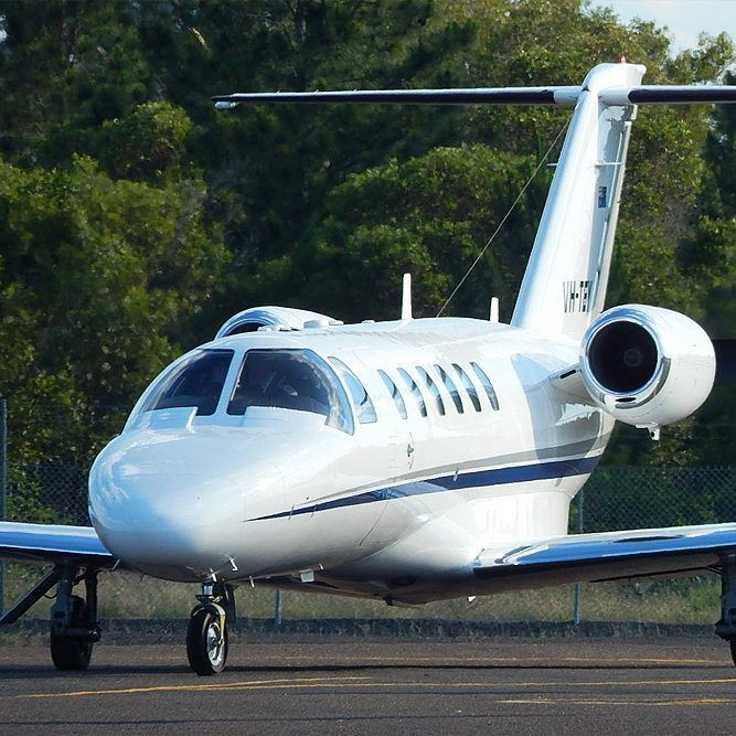 Cessna CJ2 Private Jet Taxiing